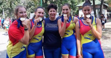 Patru medalii pentru CS Știința, la Campionatul Balcanic de canotaj pentru juniori