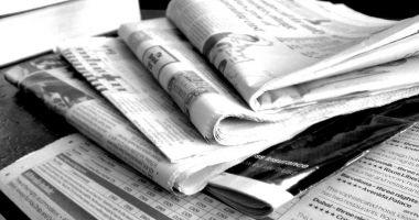 Jurnaliști disponibilizați, redacții în mare dificultate. Și totuși, cine face bani de pe seama lor?