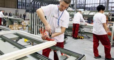 Producția industrială e în declin