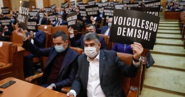PSD a depus a doua moțiune împotriva ministrului Vlad Voiculescu