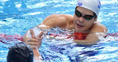 Robert Glinţă a câştigat finala probei de 100 m spate din cadrul Cupei României la înot