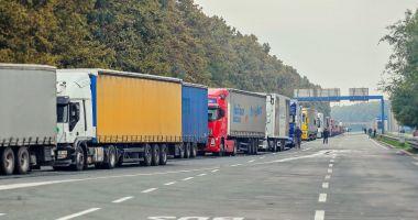 Reprezentanţii transportatorilor rutieri ameninţă cu proteste