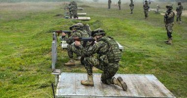 Scorpionii Albaștri, trageri cu armamentul de infanterie
