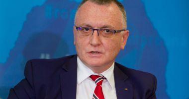 Ministrul Educației, despre simulările la Evaluarea Națională: La matematică au fost acuze că subiectele au fost date cu răutate