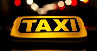 Taximetrist drogat cu cocaină și metamfetamină, prins la volan în Bistriţa
