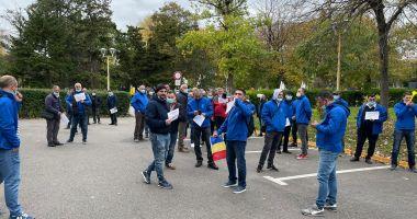 Protest la Primăria Constanța. Angajații CT Bus, supărați de plafonarea salariilor